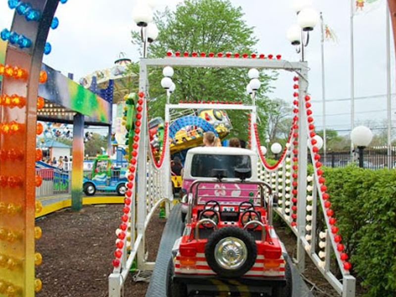 Theme Park Nyc Race In Long Island, New York - Adventureland